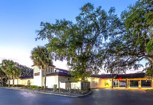 Springs Plaza